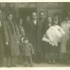 Bautizo de . . . . con su tía Rosita, Abuelo . . ., padre Joan, la abuela Concha, las tias Mari y Ana, el tio Francisco, la tia Carmen y Conchi, la prima Pili, . . .
